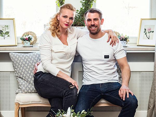 Kdo tu bydlí Kristýna aMarek Šnajdrovi se shodují na tom, že střídmě romantický styl bydlení pro ně splňuje představy oharmonickém vřelém domově.