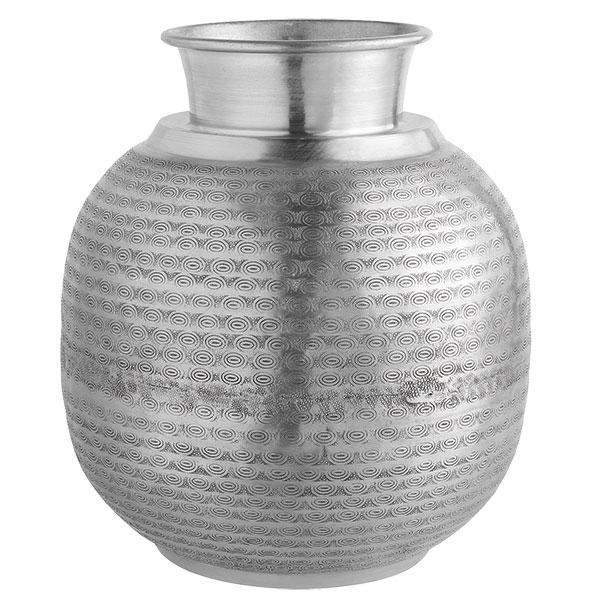Hliníková váza Saharam, 29 x 32 cm, cena 829 Kč, www.moebelix