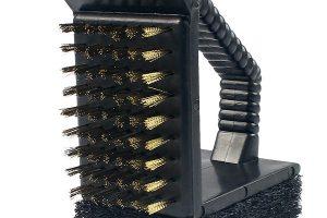 Kartáč na čištění grilů Tenneker, kov aplast, cena 159 Kč, 12 cm x 9 cm x 5,5 cm, hornbach