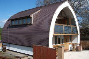 Proč se vyplatí postavit si dům ze slámy