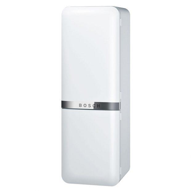 BOSCH KCE40AW40, chladnička z řady Classic Edition dodá kuchyni retro šťávu, energetická třída A+++, přihrádka ChillerBox, celokovový plášť, šířka 67,4 cm, výška 200 cm, 53990 Kč, www.bosch-home.com