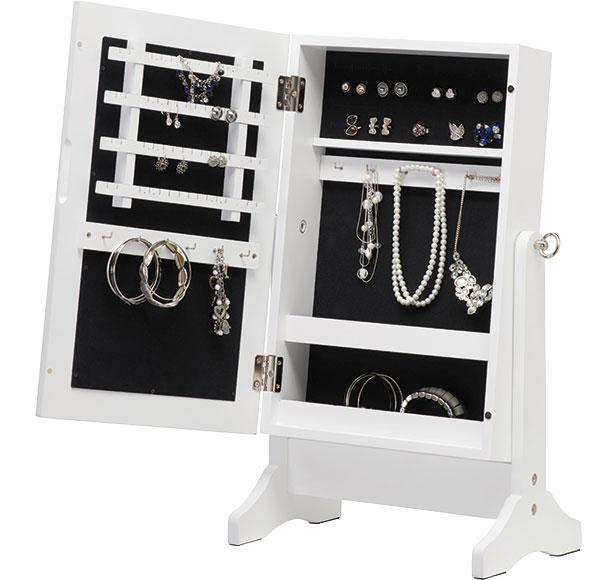 Skříňka na šperky (Xora), MDF imitace dřeva, zrcadlo, 34,5 x 60 x 23 cm, 1 399 Kč, www.xxxlutz.cz