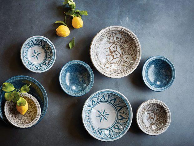 Sada keramického nádobí (HK Living), talíř 33 x 33 x 8cm, 625 Kč, www.bellarose.cz