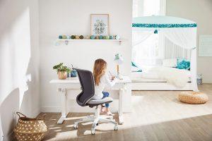 Dětská nastavitelná židle, na výšku 37 až 51 cm, www.girafa.cz FOTO LIFETIME KIDSROOMS