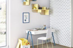 Stůl s kovovými podnožemi (Nidi), stolová deska tloušťky 5 cm, v. 73 cm, 8840 Kč, www.space4kids.cz FOTO NIDI