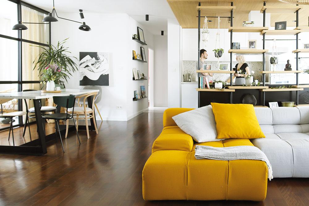Moderní, příjemný a praktický: O zútulňovaní bytu pro mladou rodinu