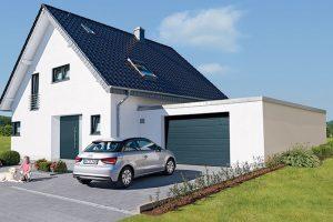 Sekční garážová vrata, která lze zabudovat do každého garážového otvoru, nabízejí až o14 cm větší průjezdnou šířku než například vrata výklopná. www.hormann.cz