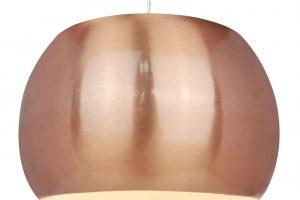 Lustr Flair Maia je vyrobený změdi, ale je překvapivě lehký, jen 1, 02 kg při průměru 25 cm. Cena 989 Kč. www.hornbach.cz