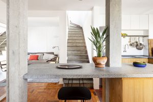 Obrovská výzva pro majitele: 20 let zapomenutý byt koupili s povinností rekonstrukce
