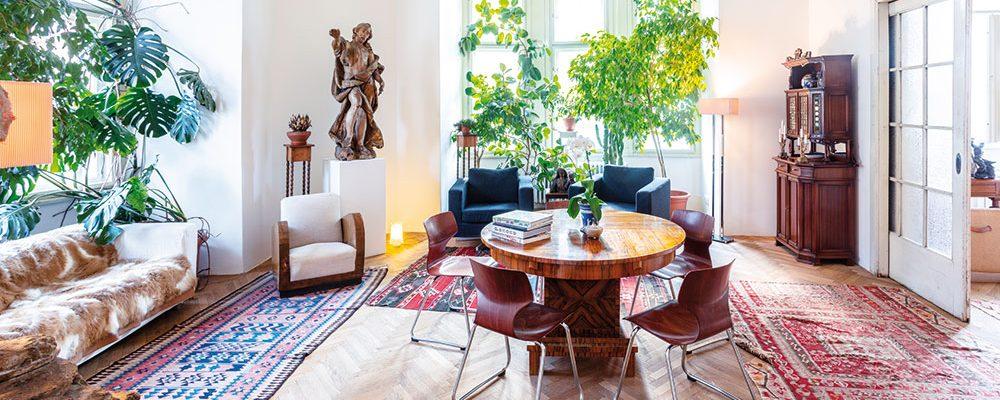 Moderní pohodlí při zachování maximální autentičnosti: Secesní byt v Karlíně