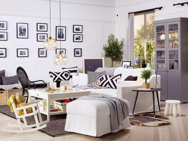 Malé houpací křesílko do konceptu celého interiéru krásně zapadne adítě se vněm bude cítit komfortně ajako malá součást velkého celku. www.ikea.cz