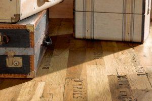 Laminát, vinyl nebo PVC? Jaká podlaha do jaké místnosti?