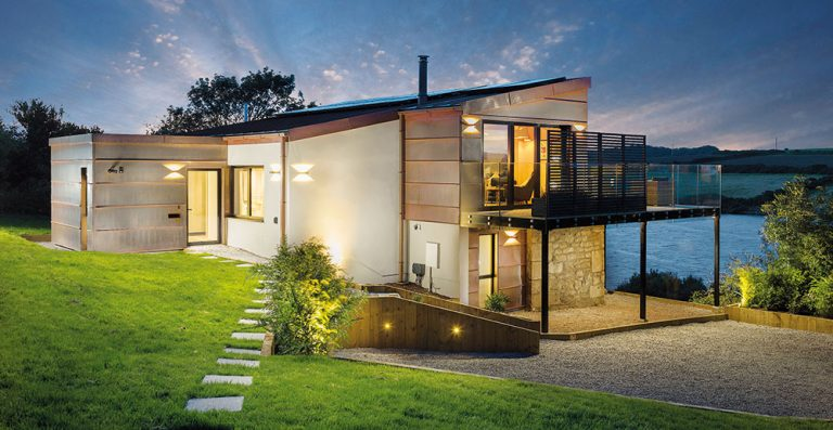 Tenhle dům je krásným příkladem symbiózy historie, současnosti a krásné krajiny