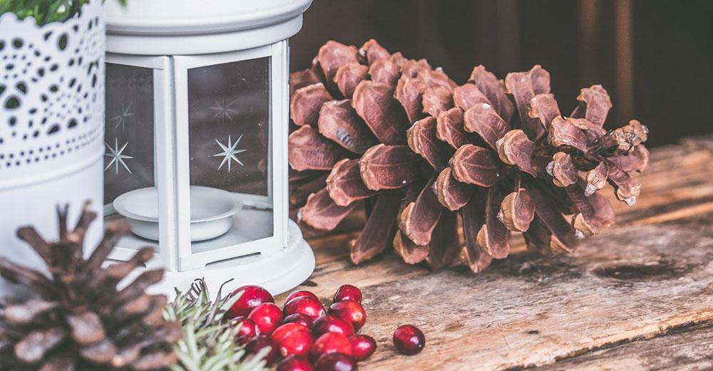 Jak si vyzdobit dům na Vánoce? Svátečně i decentně