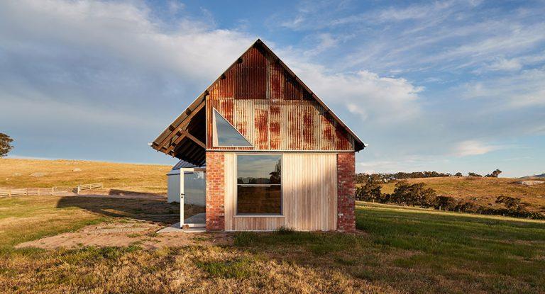 Netypický požadavek: Chtěli dům, který bude působit dojmem starého