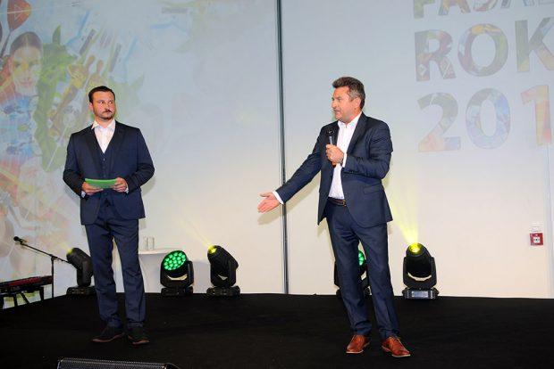 Generální ředitel společnosti Baumit Ing. Pavel Med (vpravo) a moderátor Ing. arch Karel Kladívko. zdroj Baumit