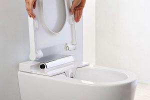 Jednoduché odnímání WC krytu a sedátka. Zdroj: Geberit.cz