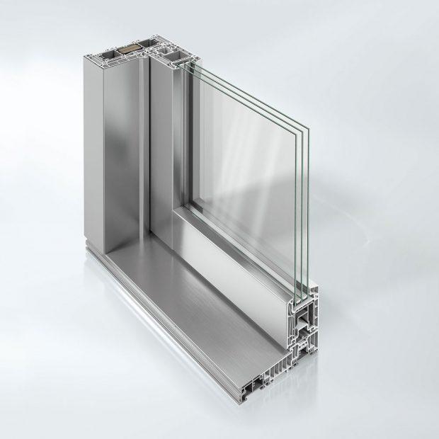 Nový posuvně-zdvižný systém Schüco LivIngSlide ve verzi s krycími hliníkovými lištami Schüco TopAlu. FOTO SCHÜCO CZ