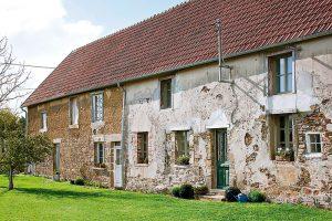 Navenek úzký anenápadný, ošumělý dům Annie upoutal už na první pohled. FOTO CHRISTOPHER DRAKE