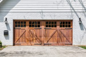 garažová vrata -dvoukřídlá vrata