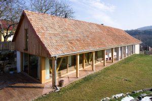 Rekonstrukce typického rodinného domu s pavlačí a se zahradou