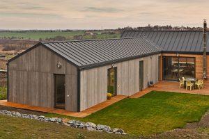 Rodinný dům s dostatkem soukromí na úzkém pozemku