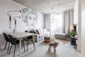 Bydlení snů v paneláku? Kompletní přeměna bytu po prarodičích vám odpoví