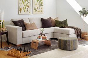 Vytvořte si z obývacího pokoje pohodový prostor i s minimem věcí