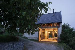 stodola večer