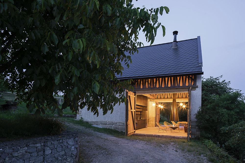 Chcete si zrekonstruovat stodolu? Lze to i vkusně a s respektem