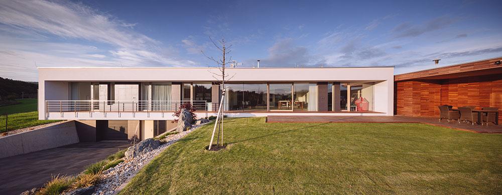 Zajímavý dům v klidné časti Zlína s působivým výhledem