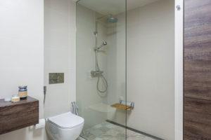 bezbariérový sprchový kout