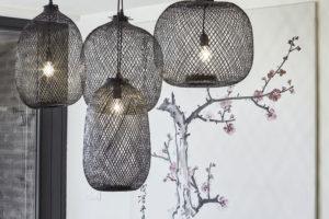 závěsný lampy ze štípaného bambusu