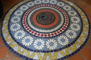 mandala na podlaze