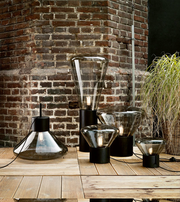 Kolekce lamp zfoukaného skla