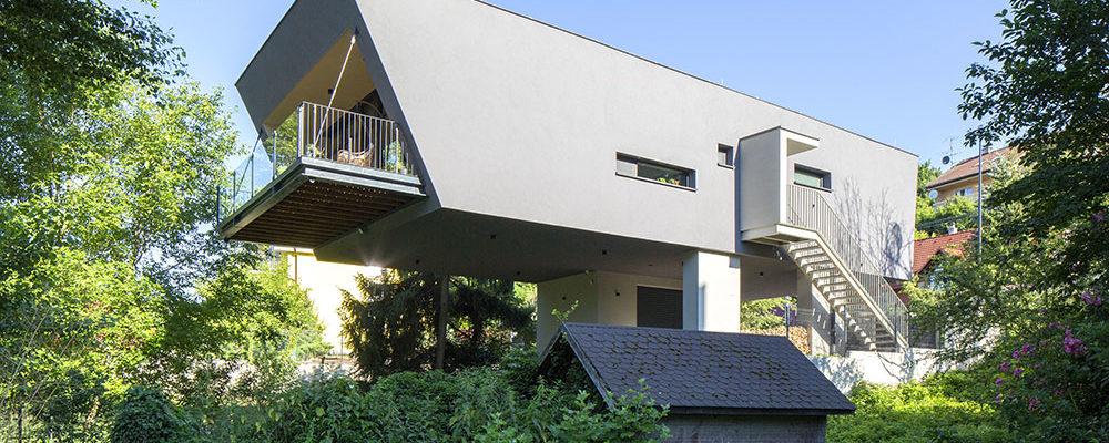 Nízkoenergetický dům u Dunaje je bezpečný i před povodněmi