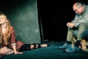 V romantické komedii Taneční hodiny hraje Petra tanečnici, jejímž úkolem je téměř nemožné - naučit tančit autistického profesora. ARCHIV DIVADLA UNGELT
