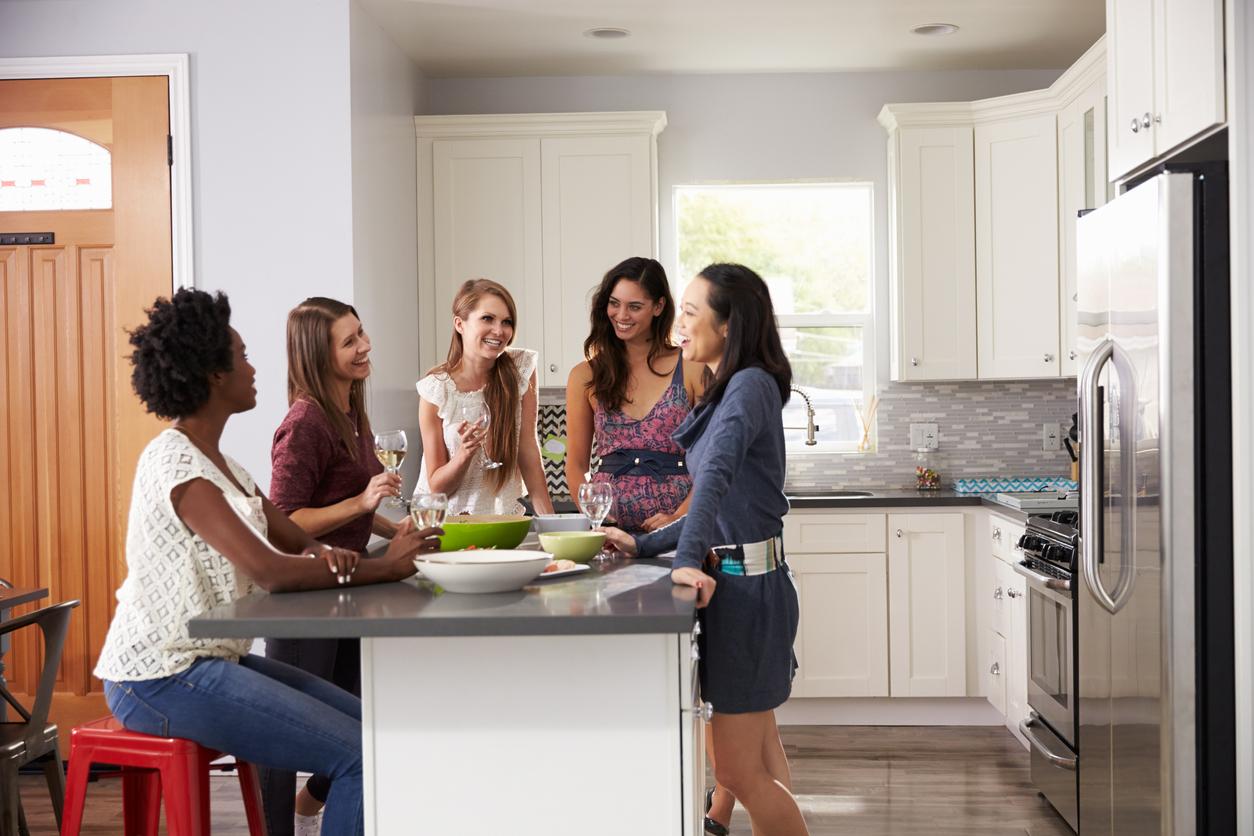 Společenská kuchyně vrodinném domě