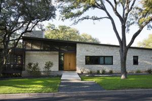 Ze starého domu se stal symbol minimalismu