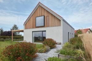 PŘED a PO: Rekonstrukce nepraktického katalogového domu