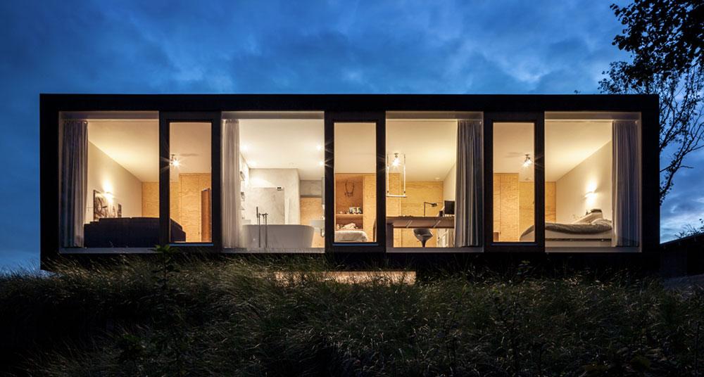 Úsporný luxus? Část fasády domu je ze dřeva staré lodě