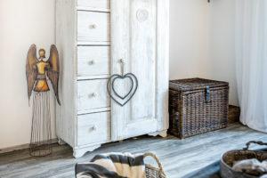 drevená skríne