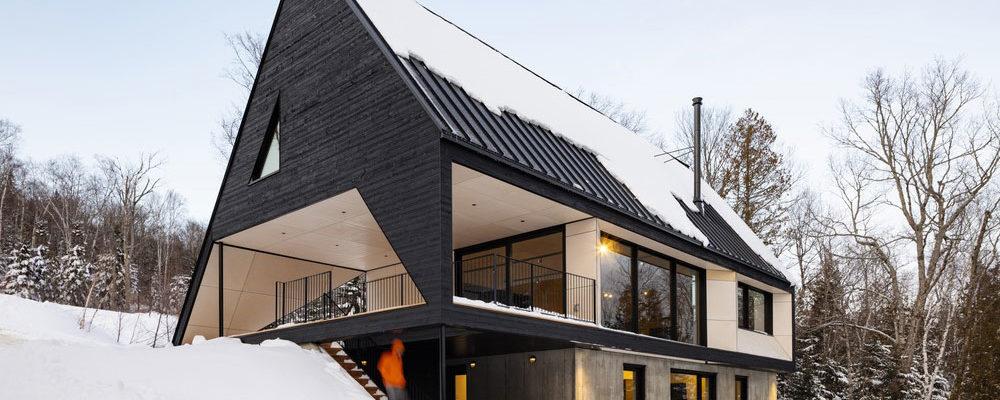 """Unikátní chata na pronájem, u které využili prvky """"lodní"""" architektury"""