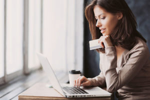 Dávate přednost nakupování nábytku a interiérových doplňků online?