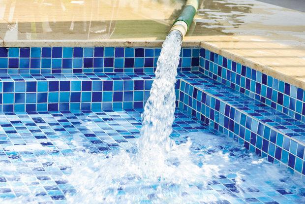 Odzimování bazénu