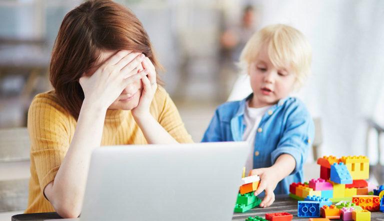 Domácí pracovna a domácí učebna: Jak je vytvoříte, abyste zvládli karanténu?