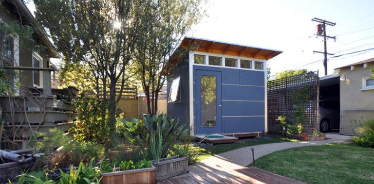 Jak si v zahradě rozumně rozvrhnout terasu, bazén či venkovní krb?