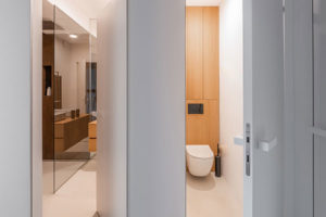 vchod do koupelny