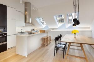 kuchyne v podkrovním byte