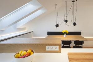 strešní okna v kuchyni podkroví